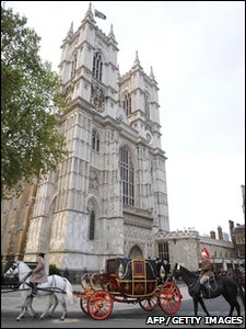 A horse-drawn carriage is driven past Westminster Abbey after taking part in a dress rehearsal for Prince William and Kate Middleton's royal wedding.
