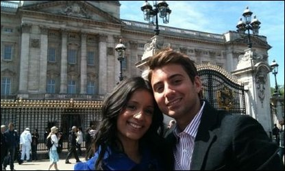 Sonali and Ricky outside Buckingham Palace