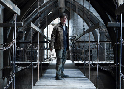 Daniel Radcliffe as Harry Potter in Harry Potter and the Deathly Hallows - Part 2