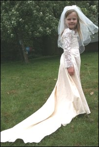 Juliet in her wedding dress