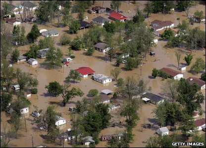 Houses and streets in floodwater in Missouri in America