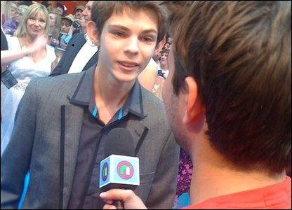 Ricky chats to Robbie Kay