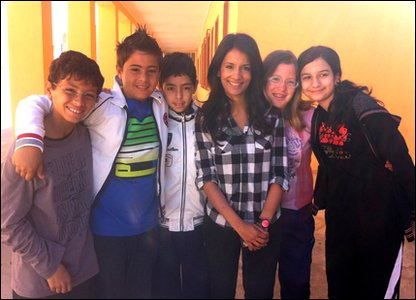 Sonali with kids who live in Lampedusa