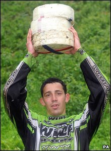 Cheese rolling competition champion