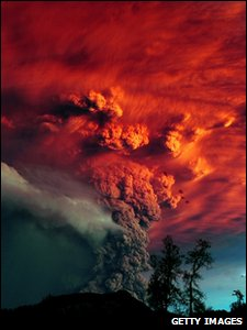 Eruption at the Puyehue-Cordon-Caulle volcano range in southern Chile