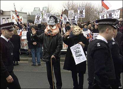 Bbc News In Pictures General Augusto Pinochet Arrest In London