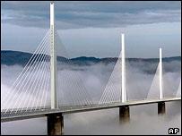 bbc news europe france shows off tallest bridge. Black Bedroom Furniture Sets. Home Design Ideas