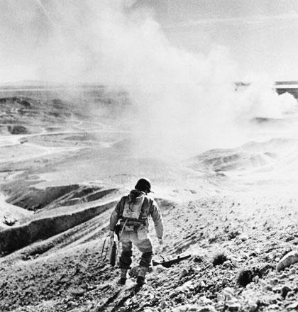 American soldier - Tunisia - 1943 - Robert Capa
