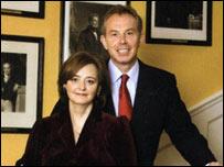BBC NEWS | UK | UK Politics | PM praises Brown's Christmas card
