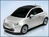 """В номинации  """"Самый красивый городской автомобиль """" призером стал Fiat 500."""