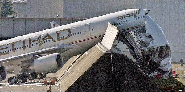 A380 Emirates Crash | www.pixshark.com - Images Galleries ...