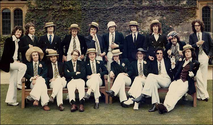 Anything that David can do…. Back Row, 3rd Right is Tony Blair apparently making a rude gesture.