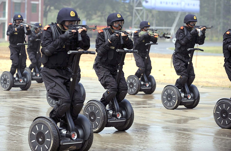 Armed police in jinan china demonstrate a rapid deployment exercise