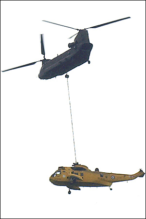 Chinook lyfter Sea King