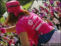 Mass aerobics for women's health