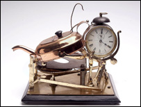 Clockwork teasmade, 1902