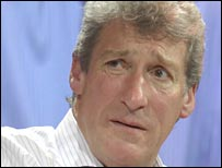 Paxman looking Paxmanlike