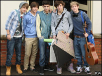 One Direction before rehearsals