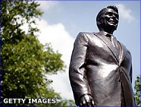 Statue of Ronald Reagan