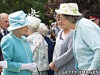 Baroness Trumpington meeting the Queen
