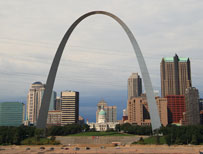 A wide shot of St Louis, Missouri