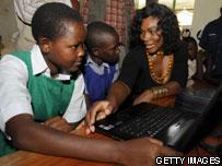 Serena Williams in Kenya school