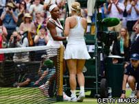 Serena shaking hands with Sabine Lisicki