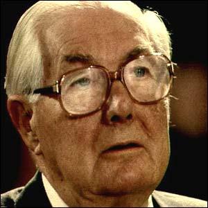 جيمس كالاهان .... رئيس وزراء بريطانيا السابق 4.jpg