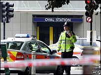 Police cordon off Oval underground station