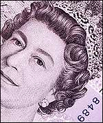 HM The Queen on the � note