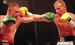 Shea Neary (l) here in action against Mickey Ward