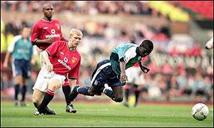 Paul Scholes and Shaun Wright-Phillips