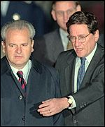 Slobodan Milosevic and Richard Holbrooke during the 1995 peace talks