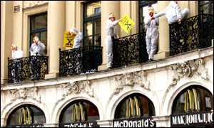 GM protest outside McDonald's in Munich