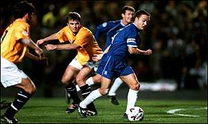 Thomas Helmer and Dennis Wise