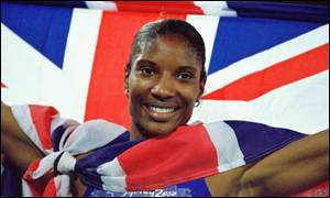 Denise Lewis celebrates her gold medal in Sydney