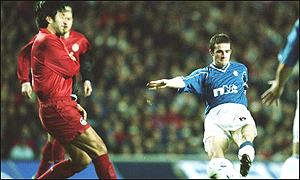Barry Ferguson tries his luck for Rangers at Ibrox