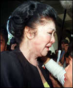 [ image: Imelda Marcos: dropped out of May's elections]