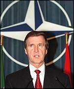 US Defence Secretary William Cohen
