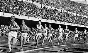 Emil Zatopek out in front at the Helsinki Games