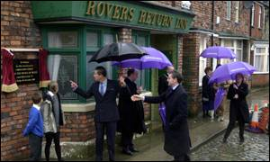 A plaque marking the 40 years of Coronation Street is unveiled by Prince Charles