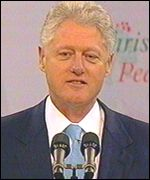 Bill Clinton: 'I believe in the peace you are building'