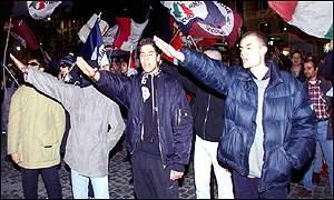Neo-Nazi's saluting