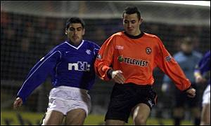 Reyna and Aljofree battle during the Tannadice draw