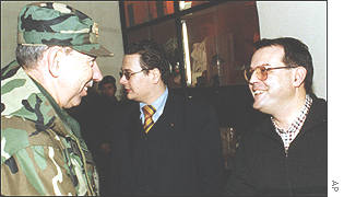 The K-For commander and the Serbian Deputy Prime Minister