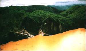 Lake Nyos 10 days after the eruption G Ling