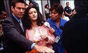 Catherine Zeta-Jones in Traffic