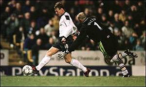 Teddy Sheringham and Gary Walsh