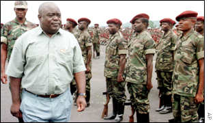 Kabila with rebel troops in Goma