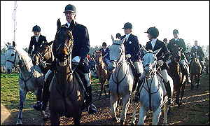 The Suffolk Hunt gets under way